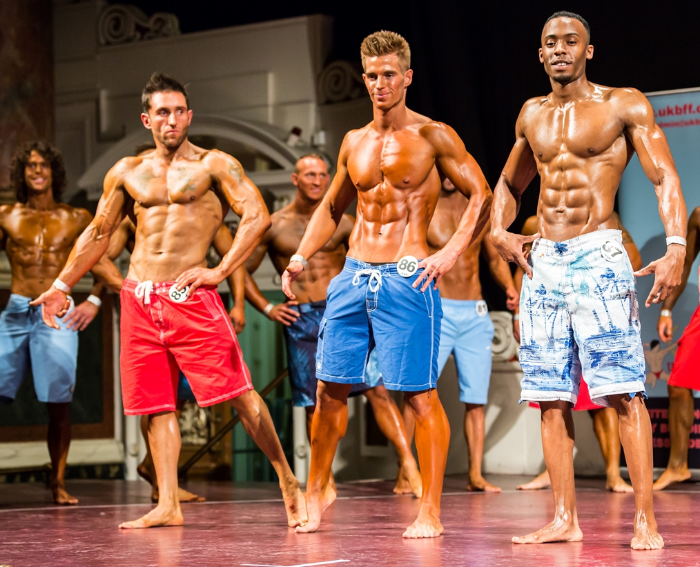 mens physique competitor
